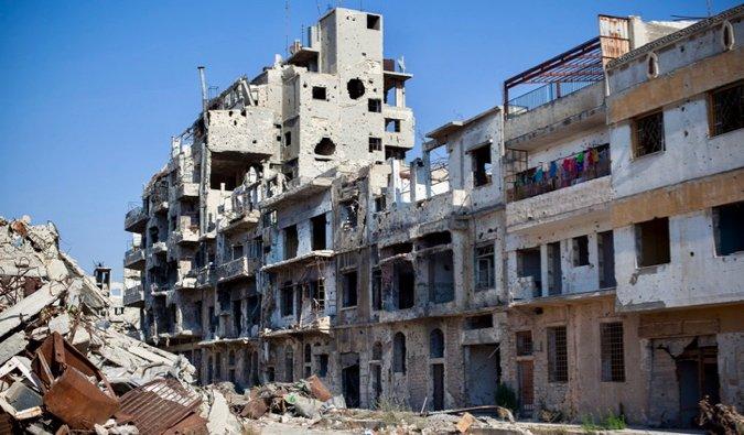 L'un des nombreux bâtiments endommagés en Syrie