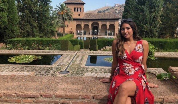 Natasha, une voyageuse solo et professeur d'anglais en Espagne