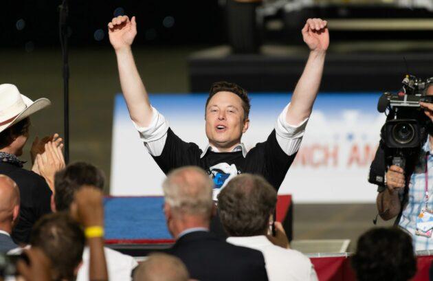 Elon Musk dans VAB